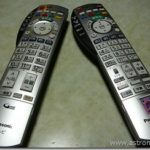 テレビのリモコンが分裂した